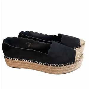 NWOT Chase +Chloe faux suede espadrille